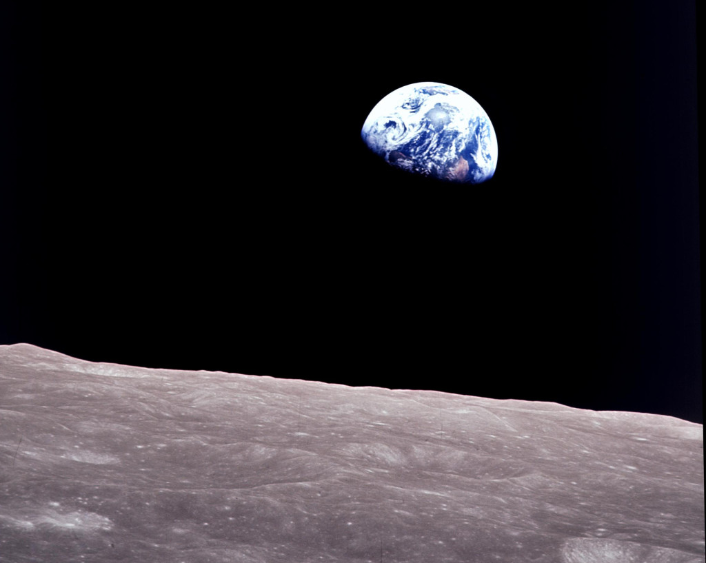 earthrise-blog1